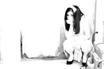 alice in white